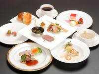 レストラン ウイステリア冬の新作ディナー。 中でも「ウイステリア」はレストランの店名を冠するフラッグシップのディナーです。 倉敷国際ホテルならではのディナーコース、是非どうぞ。