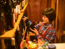 お喋りが過ぎるほど熱く、ワインの物語と楽しみ方をお伝えします