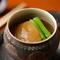 毎日丁寧に引く、日本料理の要となる「出汁」