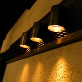 間接照明で落ち着いた雰囲気を演出