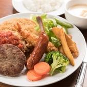 沖縄で愛されてきた、昔ながらの料理が楽しめるお店