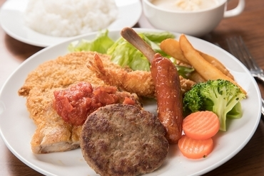 沖縄の歴史的定番メニュー『Aランチ』