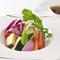 三浦半島の自家畑「サルーチェ農園」から元気な旬野菜が届く