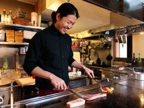 お客様が満足できる包み込むような心地よい空間と料理づくり