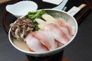 月替りに各都道府県のお鍋が楽しめる