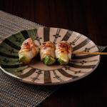 Moga-Ruの名物「牛もつ鍋」は寒いこの季節にピッタリの絶品お鍋。 2人前からのご注文となります。