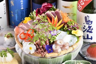 四季折々の新鮮な魚介類を日替わりで『お造りの盛り合わせ』