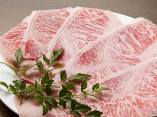 肉の食感、ジューシーな脂の甘味が違う。A4ランクの黒毛和牛