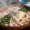 博多名物の美味しいもつ鍋と水炊き