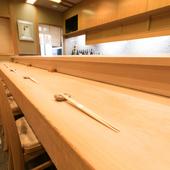 伝統の江戸前寿司を心ゆくまでご堪能ください