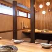 座敷席や個室席で、シーンに合わせたさまざまな利用の仕方が可能