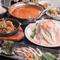 宴会にぴったりの鍋×鉄板焼コースが充実し、飲み放題も喜んで!