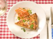 愛情たっぷりの安心素材。野菜と旬の食材の旨みと食感を楽しむ『本日のキッシュ』