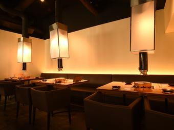 お昼から贅沢な焼肉。 ちょっとリッチなママ会ランチにも 京都らしい京町屋で楽しむ絶品焼き肉をどうぞ。