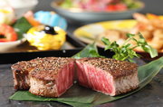 前菜/サラダ/葉山牛ヒレステーキ/温野菜/赤出汁/御飯/香の物/デザート ※葉山牛が入手困難な場合、オリーブ牛(同等品以上)となります。