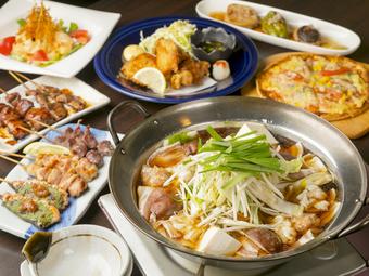 鍋の種類を選べます。刺身盛りや炭火焼、ピザ、デザートなど豪華な料理付。のみほも3Hと大まんぞくのコース