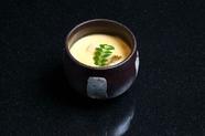 高級食材を惜しみなく使った贅沢の極み『フォアグラ茶碗蒸し』