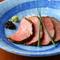黒七味が和のアクセント。噛むほどに旨みがあふれる、宮城県産『漢方和牛のローストビーフ』