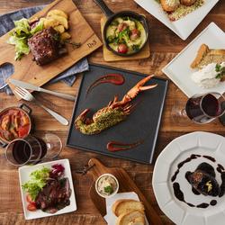 【8品】牛カルパッチョや馬刺しに、海鮮5種・彩り串焼き。海の幸「いくら」と陸の幸「牛肉」の旨味釜飯も♪
