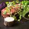 『藁で炙った能登牛ランプ肉/醤油麹と赤ワインのソース』