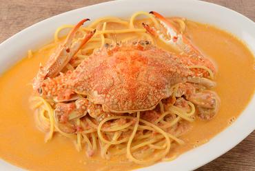 渡り蟹のトマトクリームソースパスタ