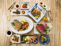 シェフオリジナルの創作洋食。彩りも美しく華やか
