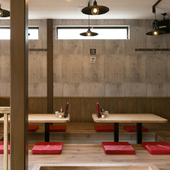 オープンカフェを意識した洗練された空間