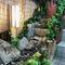 店内には大将お手製の水庭があり、癒しを演出