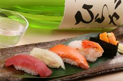 旬の食材でおもてなし!料理6品、寿司5貫のちょうどいいコースです。+2000円で100分飲み放題付(4名~)