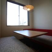 落ち着いた雰囲気の個室は、ビジネスシーンでの接待や会食を