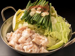 秘伝のタレで仕上げる『もつ鍋』は昔ながらのシンプルな味