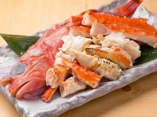 新鮮な「魚」、上質な「肉」などこだわりの食材を入荷