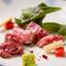 上質な赤身肉本来の味わいが楽しめる、説明不要の美味しさ『赤身ステーキ』