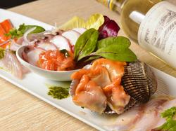 2名様より予約可!サングリア・ワイン・豊富なカクテルなど&お料理は鮮魚&チキングリル・たっぷりのパスタ