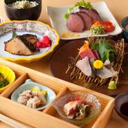 季節の食材をふんだんに使ったコースは3800円~ご用意しております。旬味を丁寧に使ったコース料理は、接待などの大切な人のおもてなしに最適です。