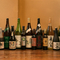 旬の日本酒を全国から毎月入荷。おすすめを錫の酒器で味わえる