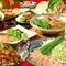 名物の関サバの胡麻和えから、焼きふぐ、鶏しゃぶ,水炊き等豪華料理が勢ぞろいでボリューム満点!