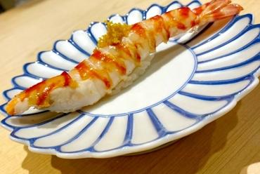 手間をかけたネタと赤酢のシャリが絶妙、伝統的な江戸前の『握り寿司』