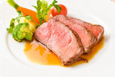 しっとり柔らか食感が楽しめる魅惑の一品『ローストビーフ』