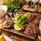肉料理&サイドメニューをしっかりと味わい尽くせる肉バル