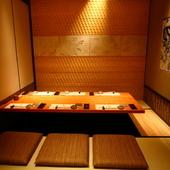 紀州の伝統的な設えを施した、落ち着いた趣の個室をご用意