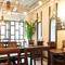 アジアンリゾートのカフェに迷い込んだような空間