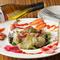 湘南のおいしいものを1度に楽しめる『鎌倉野菜とお刺身のサラダ』