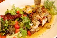 イタリアの漁村伝統料理。 味付けはあさりとにんにくとドライトマト、とシンプルですが、 それが魚の旨みを最大限に引き出します。 シェフの腕にご期待ください。