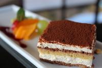 国産北海道産マスカルポーネチーズを使用したイタリアを代表するケーキです。