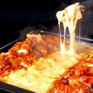 朝鮮半島でも有名な江原道春川市から本場の味をお届け『熟成ブランド鶏使用芳醇&濃厚チーズタッカルビ』