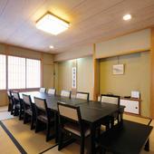 接待や会食、慶事や仏事に。個室席でプライベートなお食事を