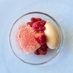 じっくり炒めた淡路玉葱の甘味と、唐辛子の辛味とフレッシュトマトのバランスが絶妙! 辛い!後に甘い!が追いかけてきます。 野菜の旨味を存分に引き出したアラビアータは、辛旨!暑い夏にぴったり!