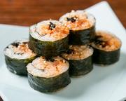具沢山。ごま油風味の韓国海苔巻き。牛カルビ入り。