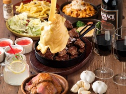 圧倒的ボリューム♪メインは大胆に「1ポンド肉」を使用!「映え」必至の大迫力のステーキor肉鍋をご用意♪